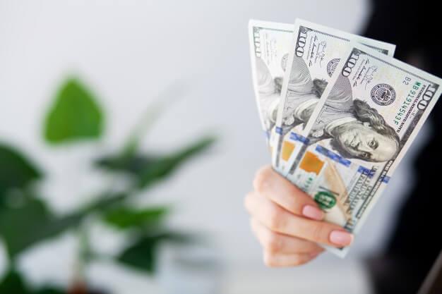 investing dolar notas