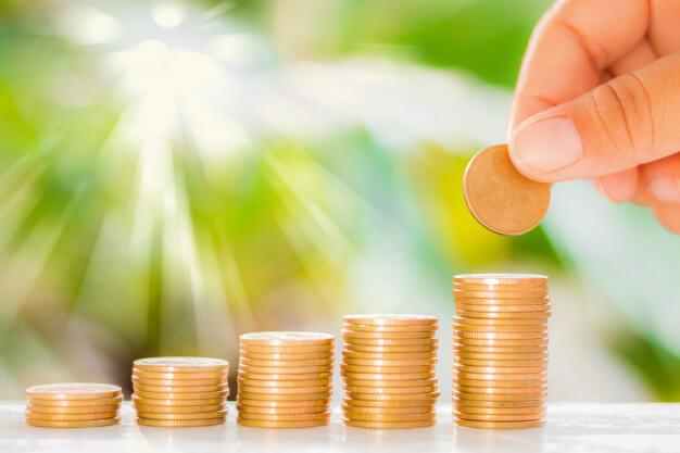pessoas mais ricas do mundo moedas